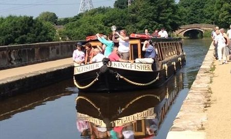 Preston & Lancaster Canal Cruise Weekends